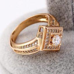 30445 – 18K Gold gyürű