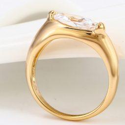 30448 – 18K Gold gyürű